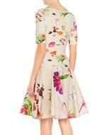 Vestido de punto con estampado de flores