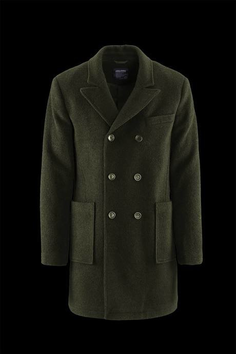 Man's double-breasted coat