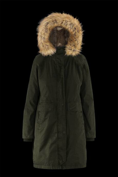 Woman's parka with detachable lining