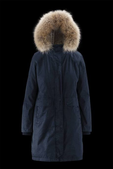 Woman's parka Essence