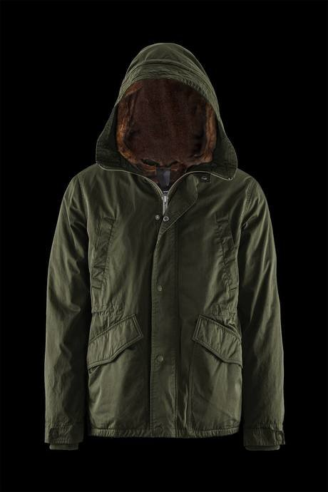 Man's parka with removable lining