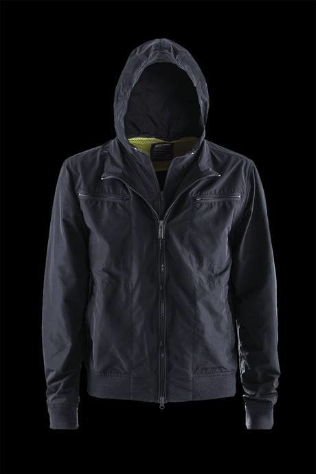 JACKET MAN HOODED SEMI-UNLINED
