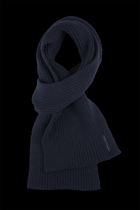 Man's tricot scarf
