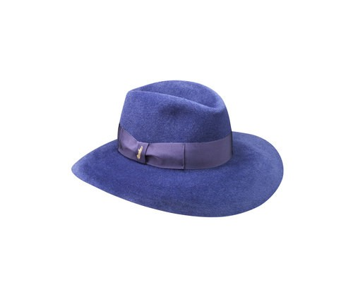 Velour Claudette hat