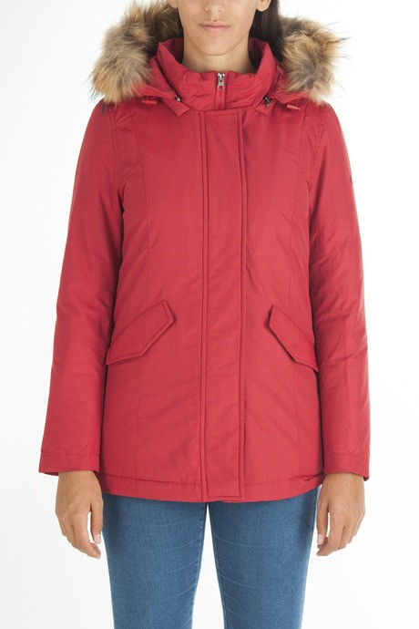 Woman's jacket in textured fabric with flap pocket