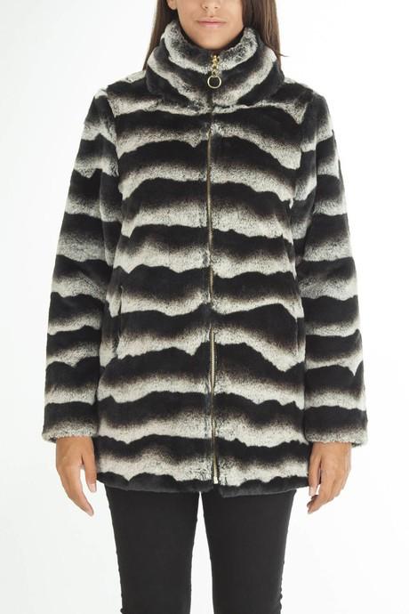 Woman's faux fur reversible coat whit  down jacket interior