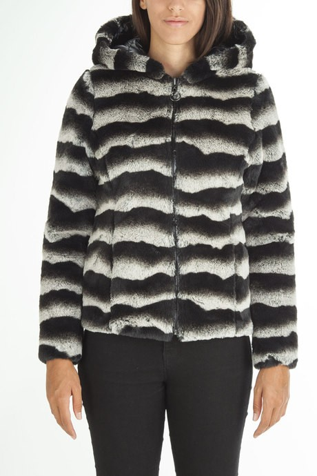 Woman's faux fur  reversible jacket