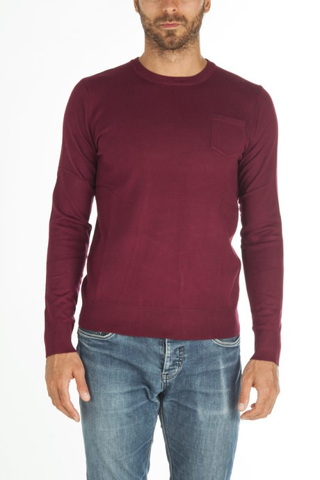 Man knitted with pocket
