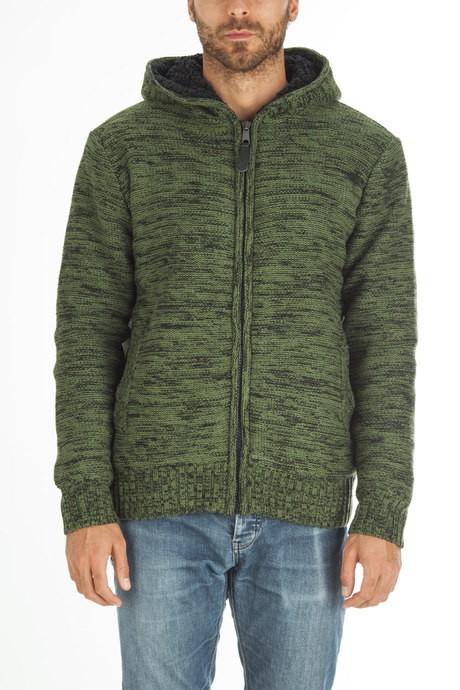 Man's sweater with hood