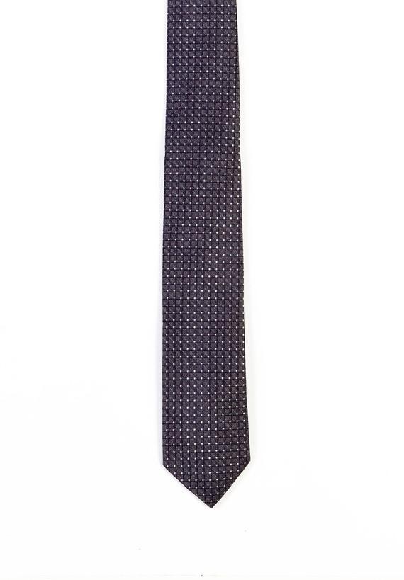 Corbata gris con cuadros efecto 3D.