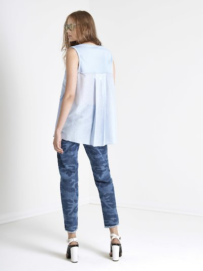 Tank top with pocket and V-neckline