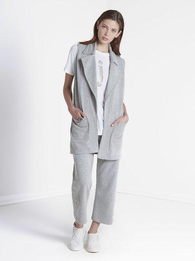 Sleeveless jacket with handmade print
