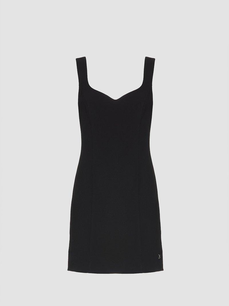 Short dress with neckline