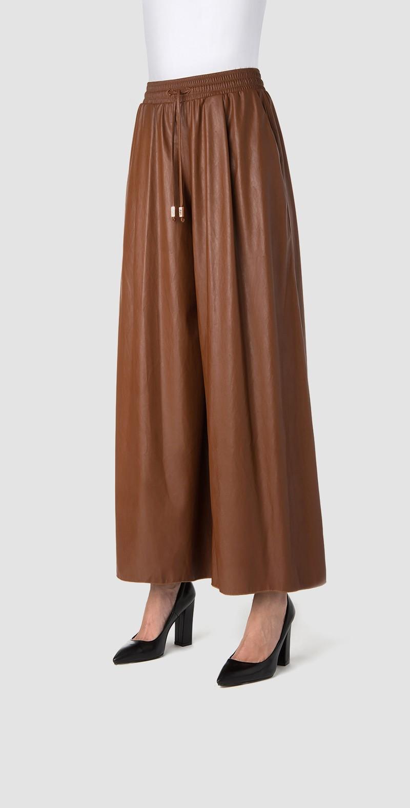 Tobacco wide-leg slacks leather effect