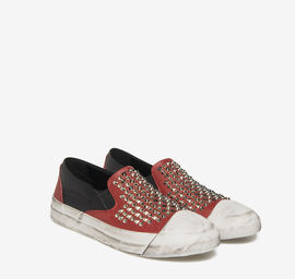Studded slip-on leather shoes