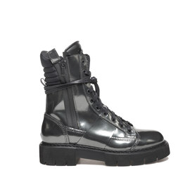 Amtrac<br />Leather ankle boots with mirror shine