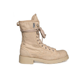 Stewart<br />Sand-coloured canvas low boot