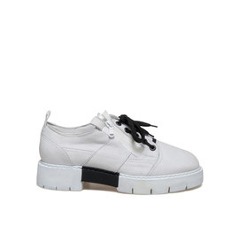 Amtrac<br />White nubuck shoe with side zip