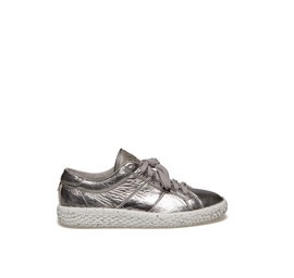 Woobie<br />Laminated silver leather sneaker