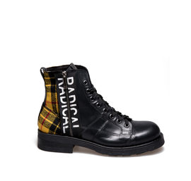 Frank<br />Desert boot inyellow two-material tartan