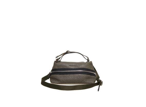 Militärgrüne, trapezförmige Tasche mit Reißverschluss