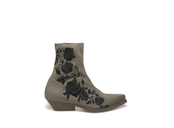 Stretch stocking ankle boot with embroidery