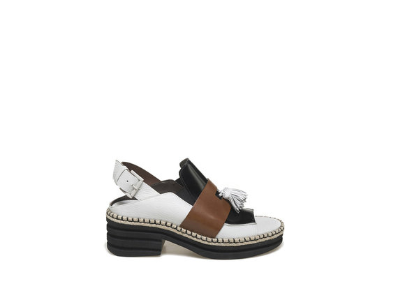 Peep-toe loafer with rubber base