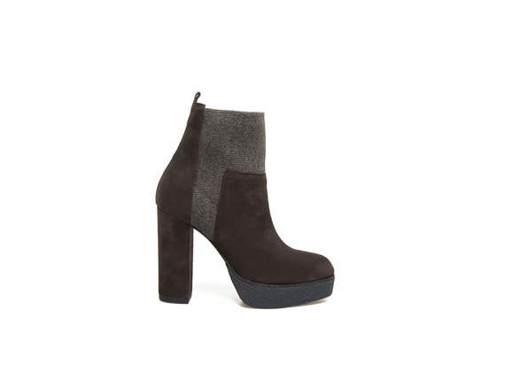 Brown suede ankle boot with elastic and crepe effect plateau