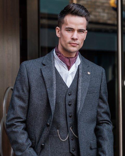 Vêtements en tweed pour hommes