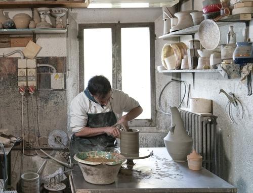 Leggi la storia di<br><b>Ceramica Gatti</b>