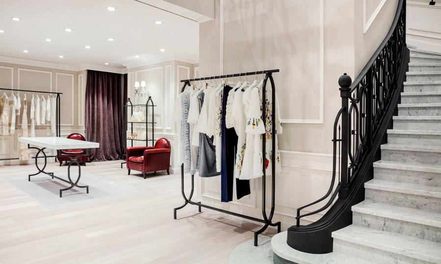 Blumarine Paris Av. Montaigne 1