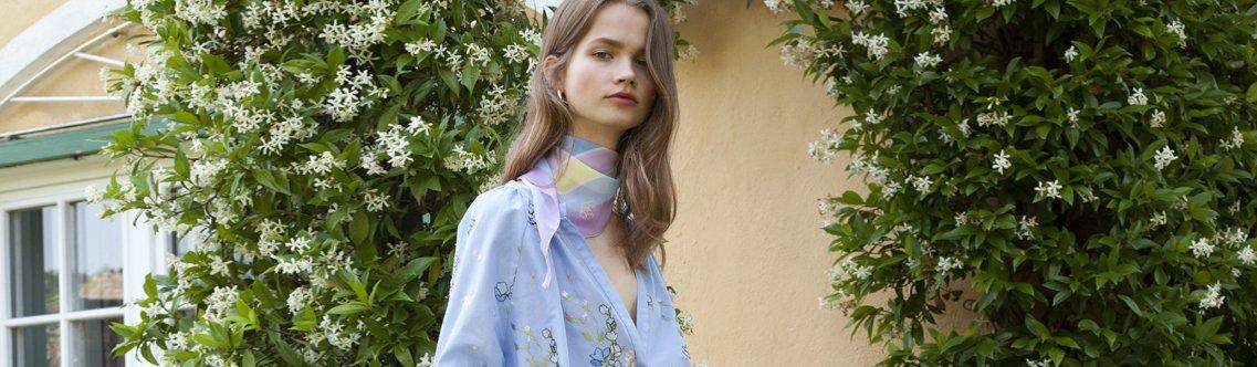 quality design 9d49f 80575 Camicie e Bluse - Abbigliamento | Blugirl ®