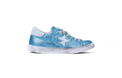 SNEAKER LOW LAMINATED SKY-BLUE