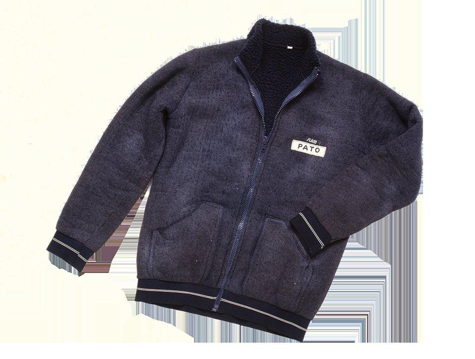 Mickey Bear, il maglione che ha segnato un'epoca