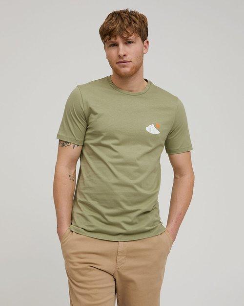 Jaames Retro T-Shirt