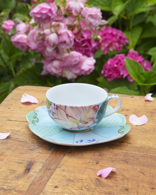 Pip Royal Collection Teacup and Saucer