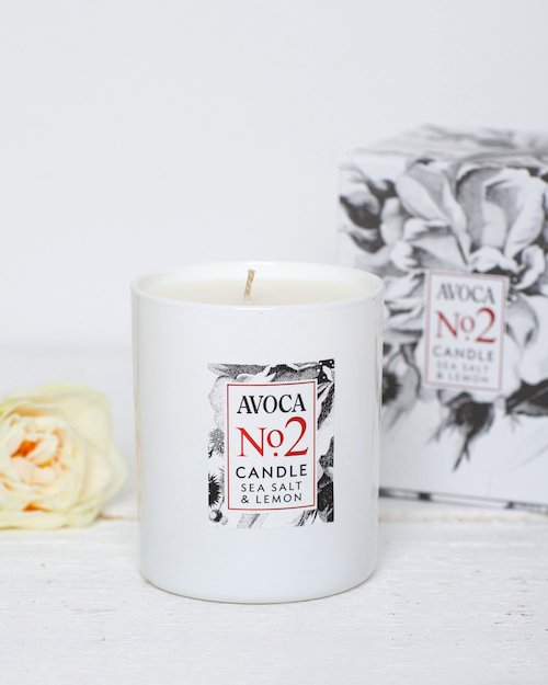 Sea Salt and Lemon Scented Candle