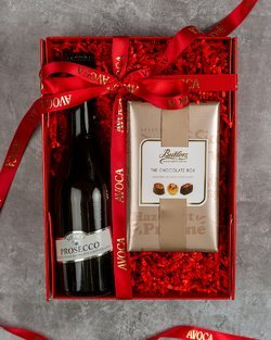 Bubbles & Chocolate Hamper