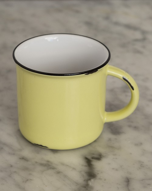 Tinware Mug in Yellow