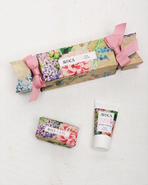Avoca No.4 Tea Rose Beauty Cracker