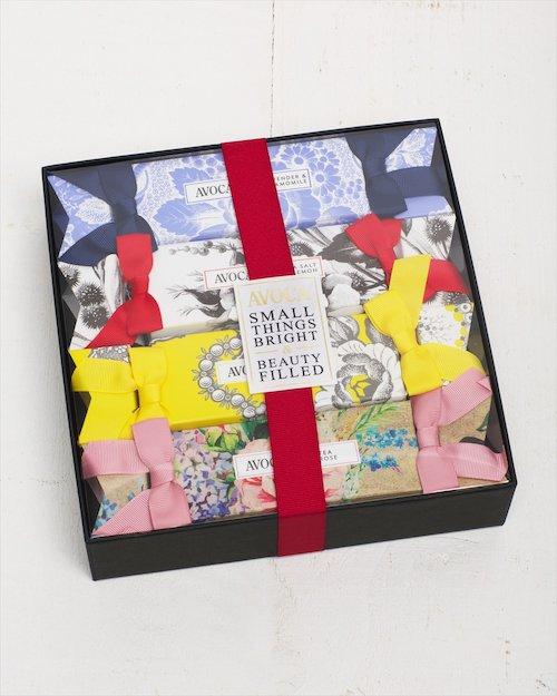 Avoca Beauty Cracker Gift Set
