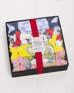 Avoca Beauty Cracker Gift Set