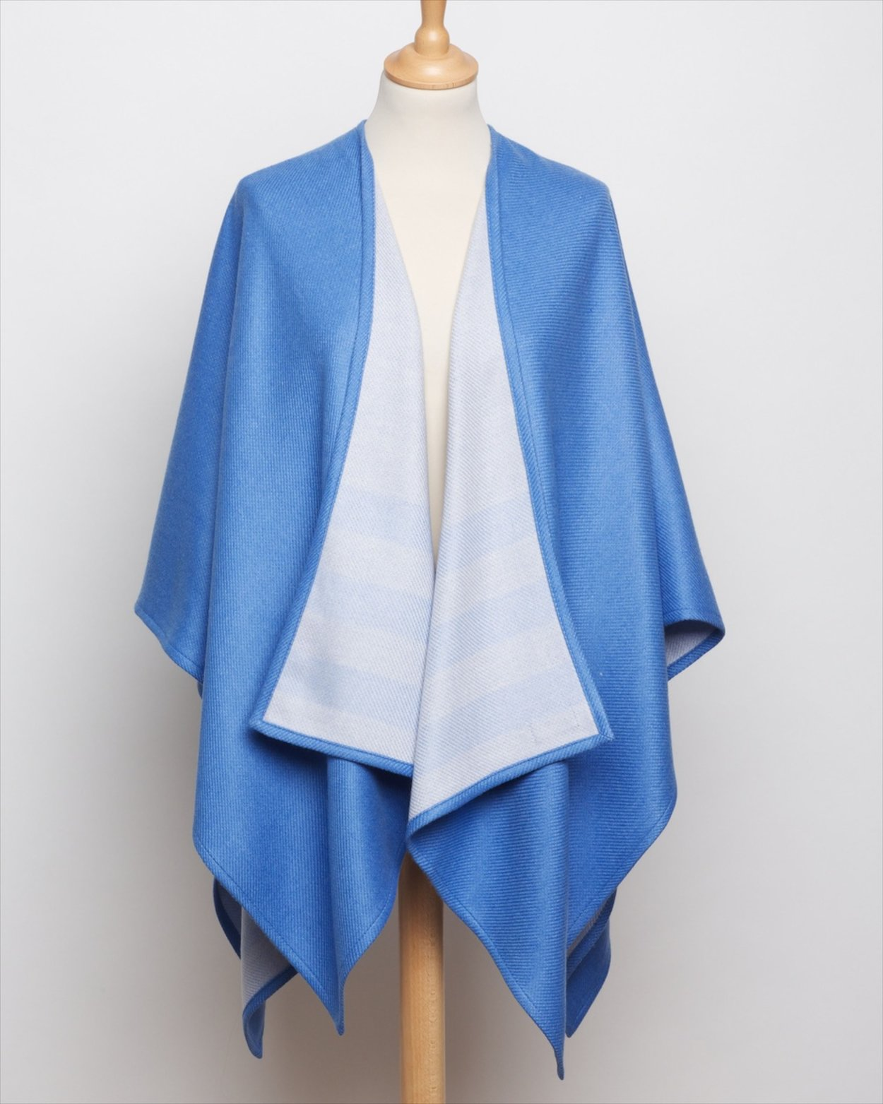 Cove Double Sided Cape
