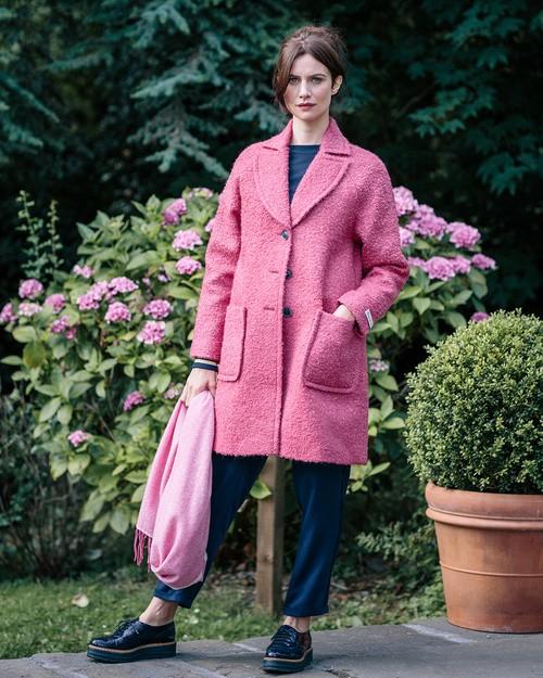 Hills Raglan Coat in Raspberry