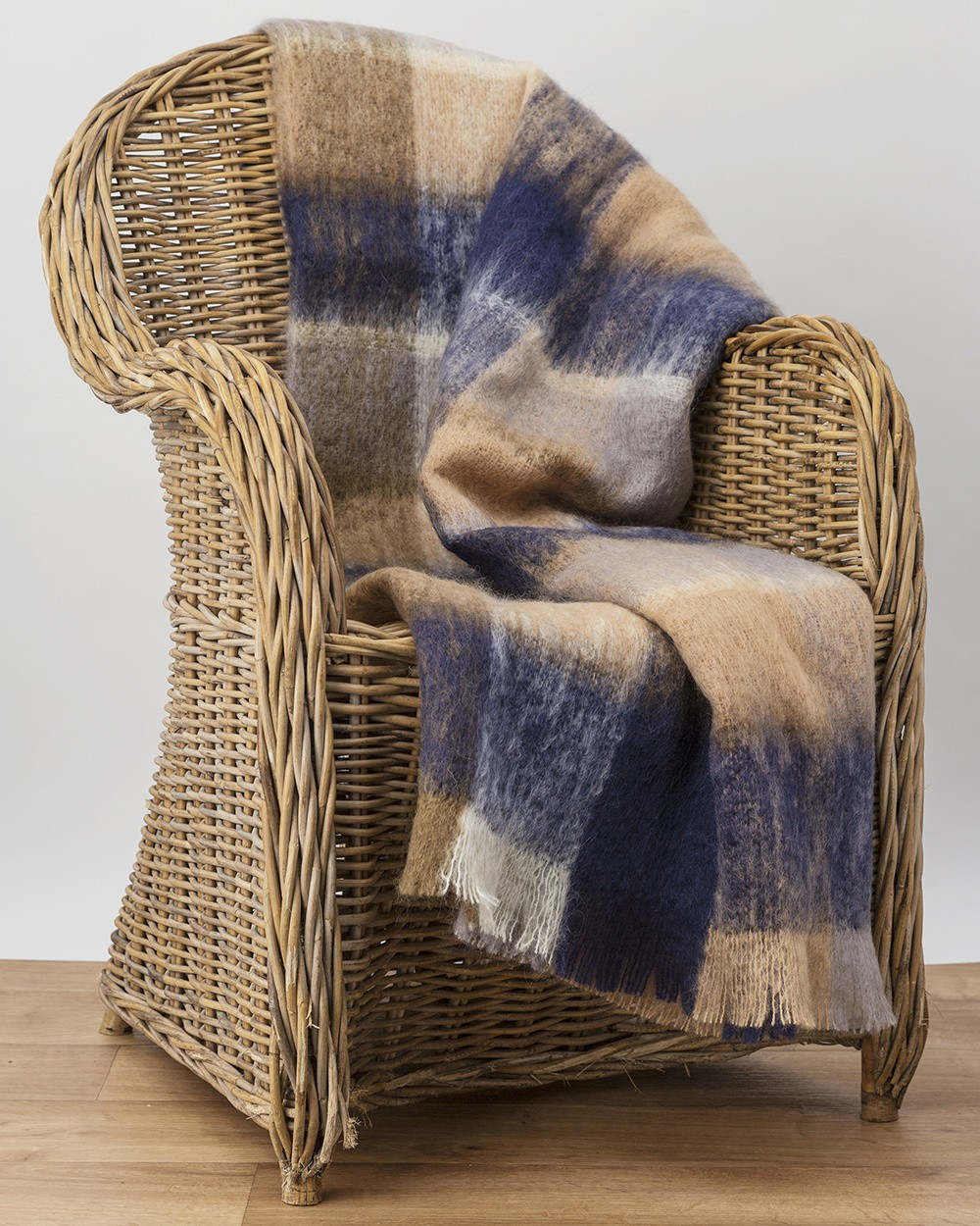 M50 Land Mohair Throw