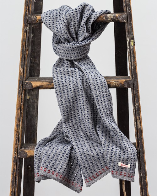 Stitch Scarf in Grey