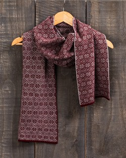 Fair Isle Stripe Scarf in Wine