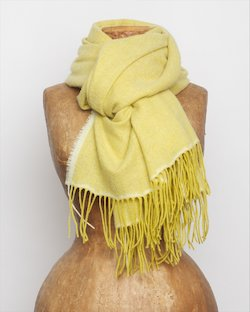Cashmere Wool Sandymount Scarf In Gold
