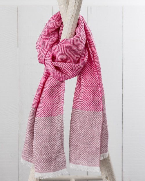 Art Linen Herringbone Weave Scarf in Pink