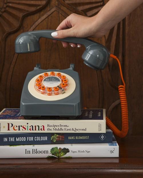 Retro Grey Telephone